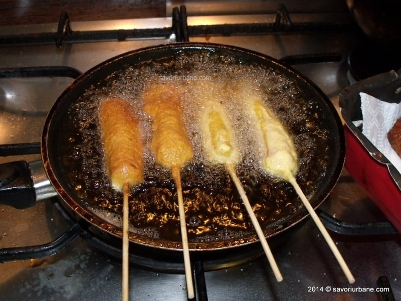 Corn dog crenvursti in aluat (11)