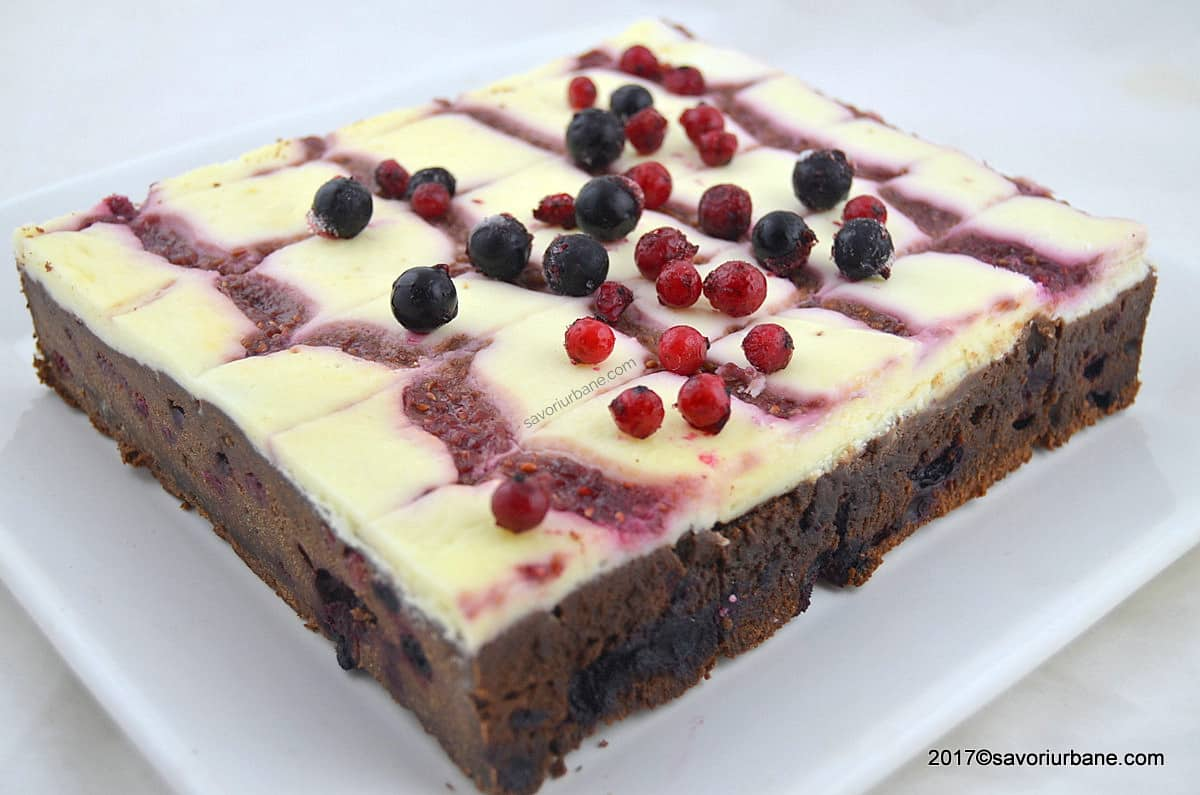 cheesecake brownie savori urbane