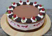 Cheesecake Oreo cu zmeură, fără coacere - Tort Hanna reteta savori urbane