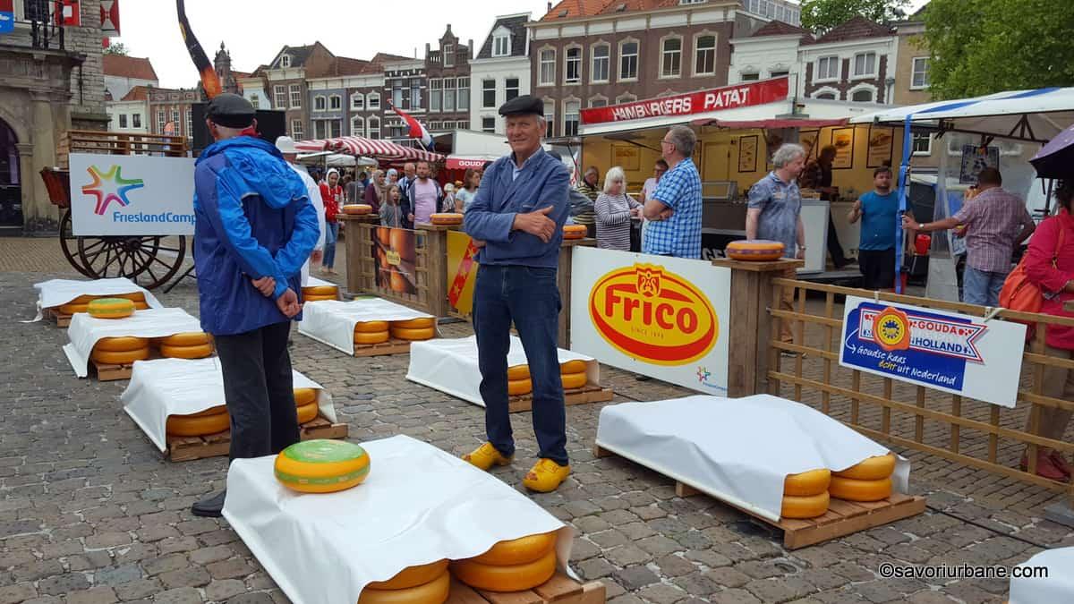 piata de branza din gouda kaasmarkt (4)