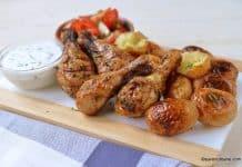 Pulpe de pui la grătar - marinate cu usturoi și ierburi aromatice reteta savori urbane
