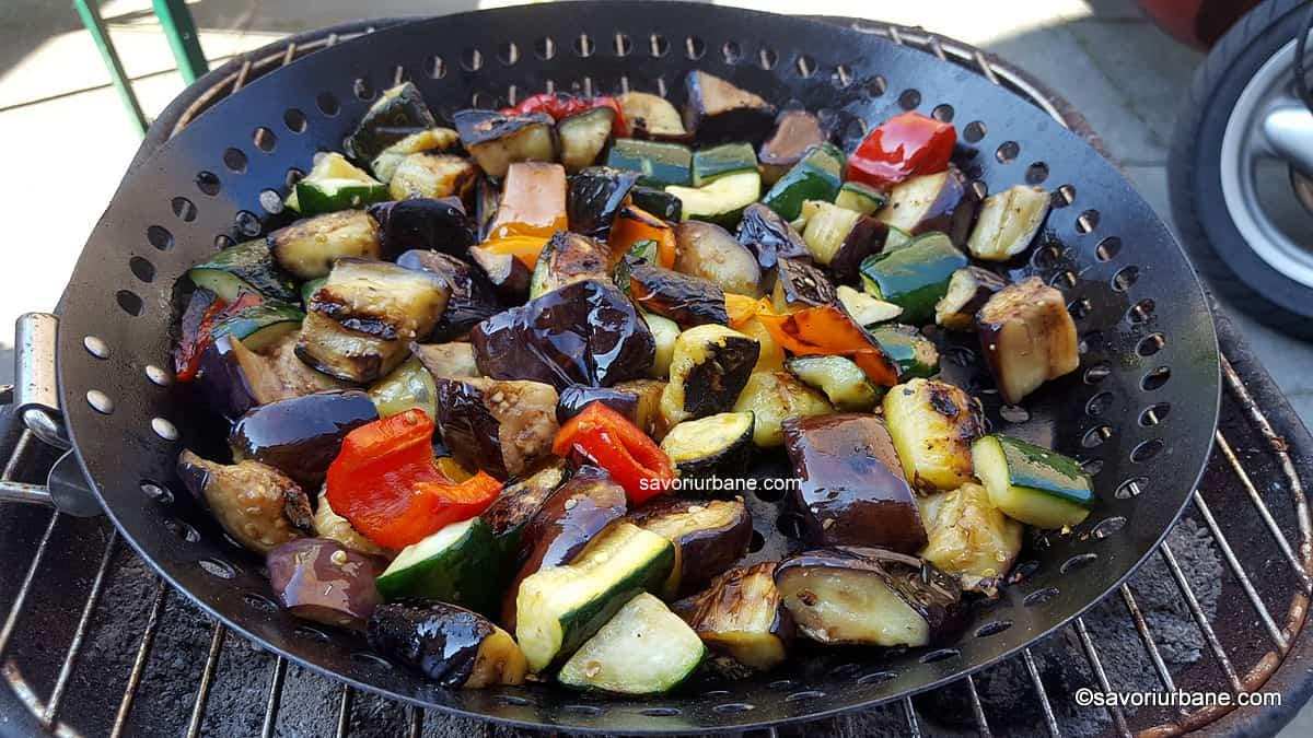 prajire legume asortate la gratar sau la tigaie vinete dovlecei ardei (2)